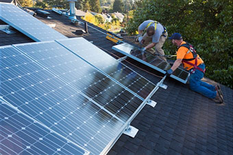 installing-solar-panels