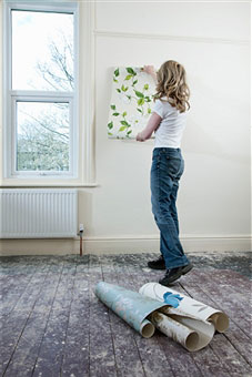 lady-decorating-home